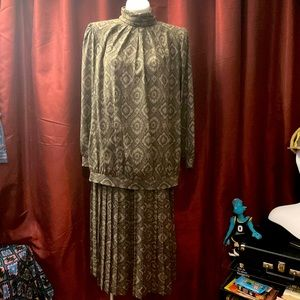 Vintage Long sleeve Paisley two-piece dress